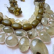 Украшения handmade. Livemaster - original item NECKLACE 3niti EARRINGS - PREHNITE, JADE beads. Handmade.