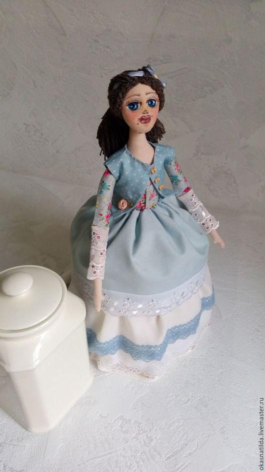 Коллекционные куклы ручной работы. Ярмарка Мастеров - ручная работа. Купить кукла на чайник по заказу. Handmade. Голубой, кукла на память