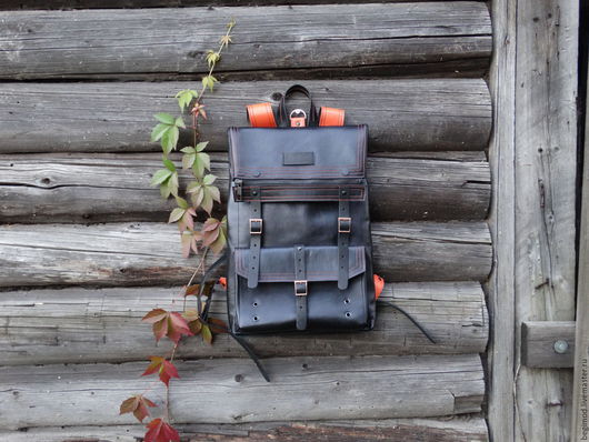 Рюкзаки ручной работы. Ярмарка Мастеров - ручная работа. Купить Рюкзак кожаный двуслойный с оранжевыми лямками 43х29х8 (7 литров). Handmade.
