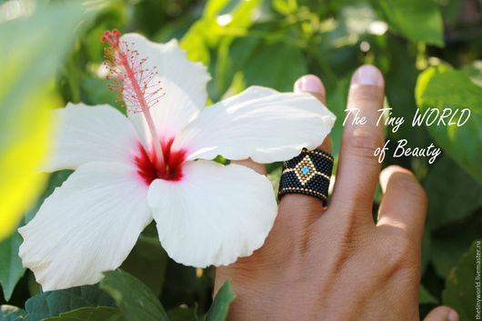 """Кольца ручной работы. Ярмарка Мастеров - ручная работа. Купить Кольцо """"Black Queen"""". Handmade. Черный, кольцо из бисера"""