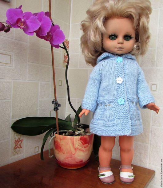 Одежда для кукол ручной работы. Ярмарка Мастеров - ручная работа. Купить Пальто для куклы. Handmade. Голубой, бусины пластиковые