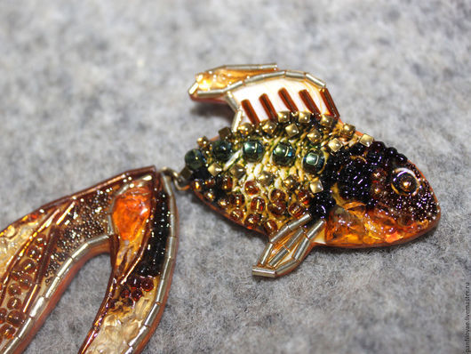 Броши ручной работы. Ярмарка Мастеров - ручная работа. Купить Золотая рыбка. Handmade. Золотой, цитрин, янтарь