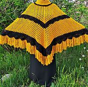 Одежда ручной работы. Ярмарка Мастеров - ручная работа Пончо ажурное вязаное крючком черно-горчичного цвета. Handmade.