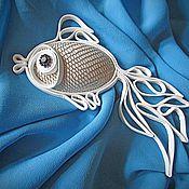 Украшения ручной работы. Ярмарка Мастеров - ручная работа Кулон из белой натуральной кожи Рыбка.. Handmade.