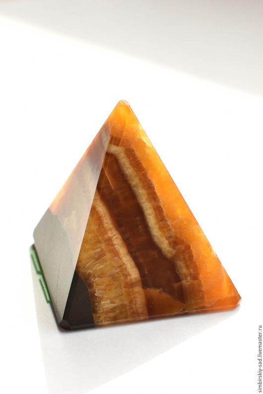 Фен-шуй ручной работы. Ярмарка Мастеров - ручная работа. Купить №174 Симбирцитовая пирамидка.. Handmade. Желтый, пирамида
