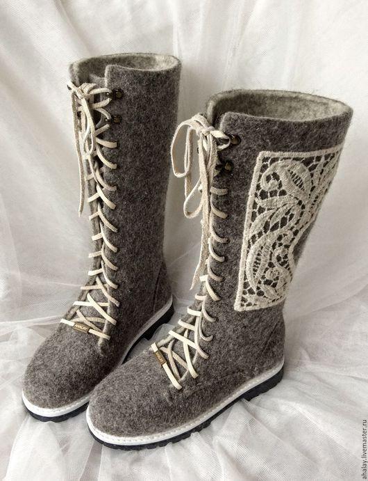 """Обувь ручной работы. Ярмарка Мастеров - ручная работа. Купить Валенки-сапожки серые """"Кружевные"""". Handmade. Серый, Ботинки из войлока"""