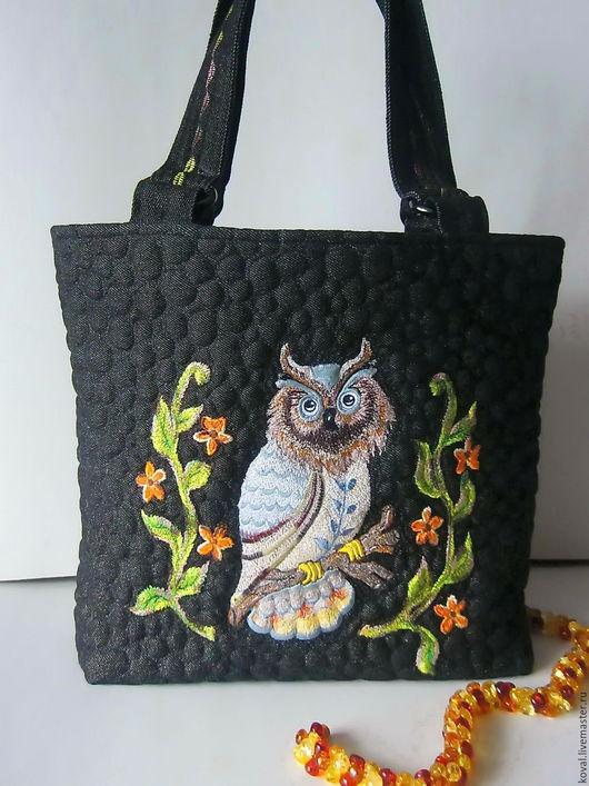 Женские сумки ручной работы. Ярмарка Мастеров - ручная работа. Купить Совушка  на чёрном. Handmade. Комбинированный, Машинная вышивка, птица