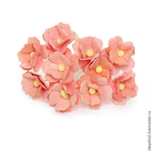 Диаметр цветка около 18 мм. Длина проволочного стебелька 7,5 см.  Цена указана за 5 шт.