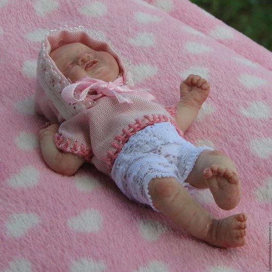Куклы-младенцы и reborn ручной работы. Ярмарка Мастеров - ручная работа. Купить Продана.ООАК малышка из запекаемой пластики. Handmade.