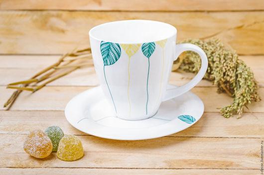 Фарфоровая чайная пара. Чашка в подарок. Шары.