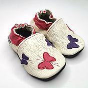 Работы для детей, handmade. Livemaster - original item Baby moccasins // Baby slippers // Newborn shoes // Baby shoes girl. Handmade.
