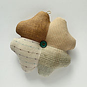 Подарки к праздникам handmade. Livemaster - original item Clover - a symbol of luck. Amulet made of cotton and linen. Handmade.