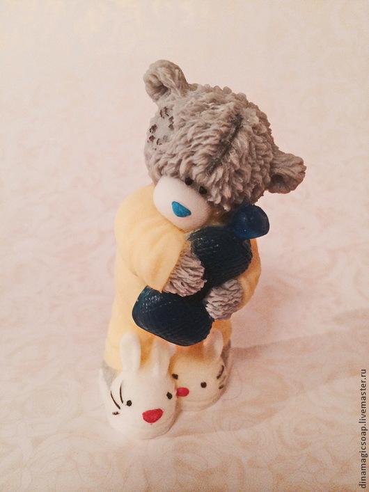 """Мыло ручной работы. Ярмарка Мастеров - ручная работа. Купить сувенирное мыло 3 d """"  Мишка с грелкой"""". Handmade."""