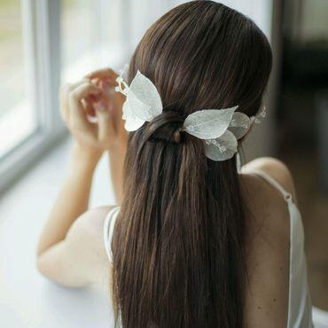 Свадебный салон ручной работы. Ярмарка Мастеров - ручная работа Свадебные шпильки для волос из скелетированных листьев. Handmade.