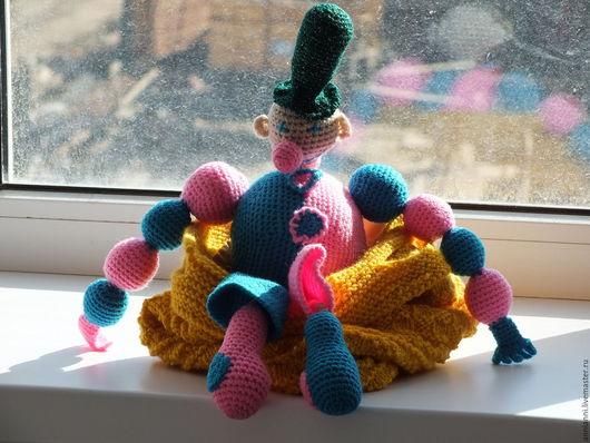 """Человечки ручной работы. Ярмарка Мастеров - ручная работа. Купить Игрушка вязаная """"Клоун"""". Handmade. Разноцветный, клоун"""