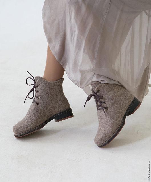 """Обувь ручной работы. Ярмарка Мастеров - ручная работа. Купить Валяные ботинки """"Дыхание города"""". Handmade. Бежевый, обувь для улицы"""