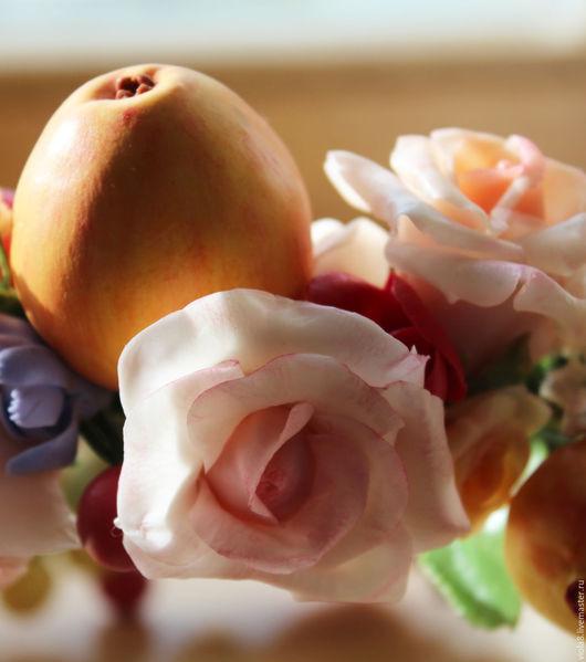 Яблоки,яблоки и розы,яблочный,розовый,венок,венок на голову,венок с яблоками,венок с розами,яблочный венок,венок для фотосессии. Цветы и украшения Зарифы Пироговой.