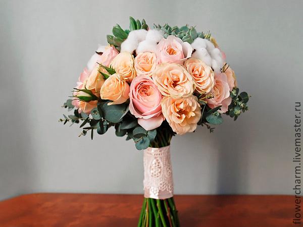 Букет из пионовидных роз для невесты