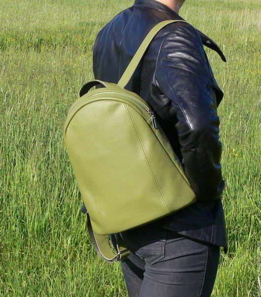 Рюкзак кожаный женский небольшого размера. Ручная работа.