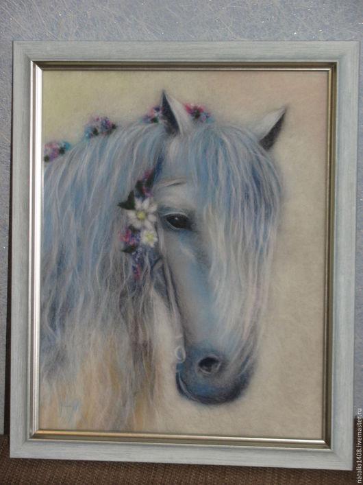 """Животные ручной работы. Ярмарка Мастеров - ручная работа. Купить Картина из шерсти """"Лошадка невеста"""". Handmade. Голубой, картина, лошадь"""