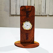 """Для дома и интерьера handmade. Livemaster - original item Часы настольные """"Хэфе"""" из красного дерева. Handmade."""