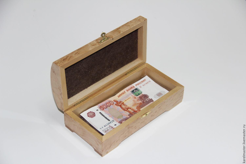 Шкатулка из денег