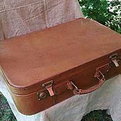 Кожаный чемодан. Винтаж.