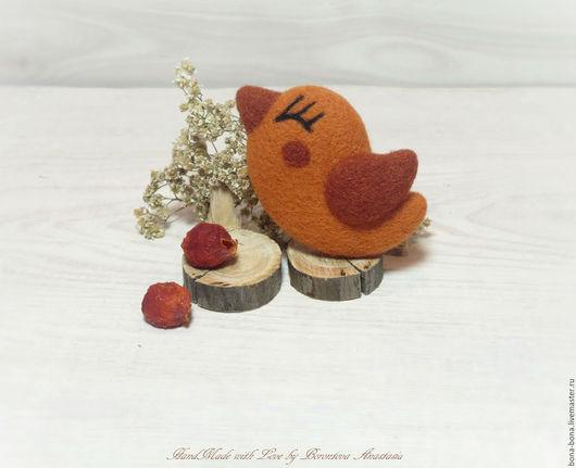"""Броши ручной работы. Ярмарка Мастеров - ручная работа. Купить Брошь из войлока """"Autumn bird"""". Handmade. Птичка, осенняя брошь"""