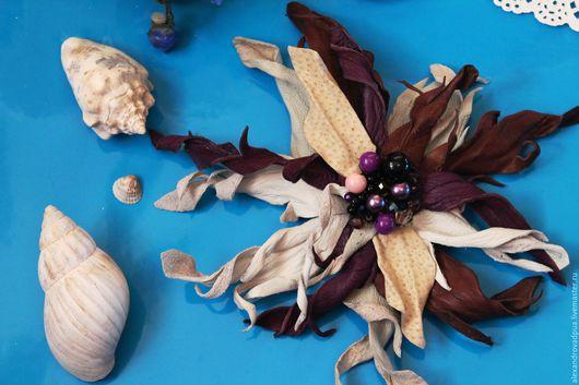 """Броши ручной работы. Ярмарка Мастеров - ручная работа. Купить Цветок из кожи """"Марокко"""". Handmade. Тёмно-фиолетовый, молочный"""