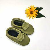 Одежда детская handmade. Livemaster - original item Olive baby moccasins ,Ebooba, Baby shoes 100% leather. Handmade.