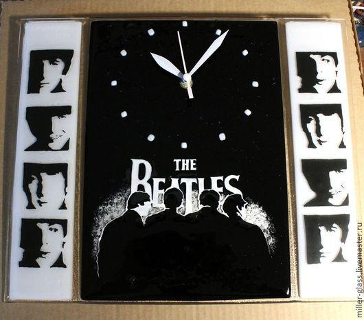 """Часы для дома ручной работы. Ярмарка Мастеров - ручная работа. Купить Часы """"Beatles"""" фьюзинг. Handmade. Чёрно-белый, брутальные"""