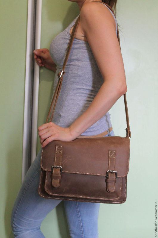 Мужские сумки ручной работы. Ярмарка Мастеров - ручная работа. Купить Мужская сумка планшет из натуральной кожи крейзи хорз арт 26. Handmade.