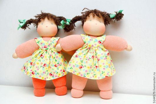 """Вальдорфская игрушка ручной работы. Ярмарка Мастеров - ручная работа. Купить Вальдорфская кукла """"Обнимашка"""". Handmade. Вальдорфская кукла, оранжевый"""