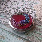 """Сувениры и подарки handmade. Livemaster - original item Copy of Зеркало  """"Цветущий сад"""" с вышивкой шёлковыми лентами. Handmade."""