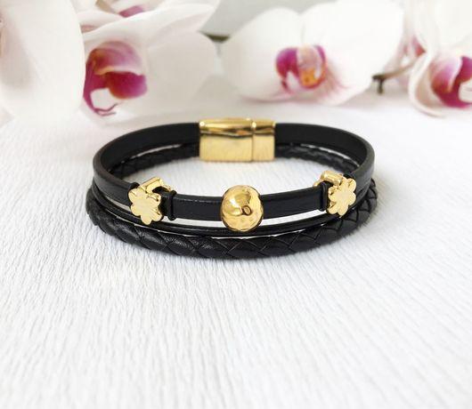 Браслеты ручной работы. Ярмарка Мастеров - ручная работа. Купить Кожаный браслет из трёх видов кожи, черный с золотом. Handmade.