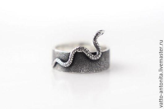 Кольца ручной работы. Ярмарка Мастеров - ручная работа. Купить Змейка - кольцо из серебра. Handmade. Серебряный, змей, подарок