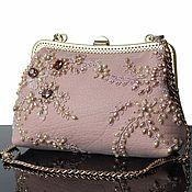 """Сумки и аксессуары ручной работы. Ярмарка Мастеров - ручная работа """"Blush Rose""""Вечерняя сумочка, кожаная сумочка, вышитая сумка, Пудровый. Handmade."""