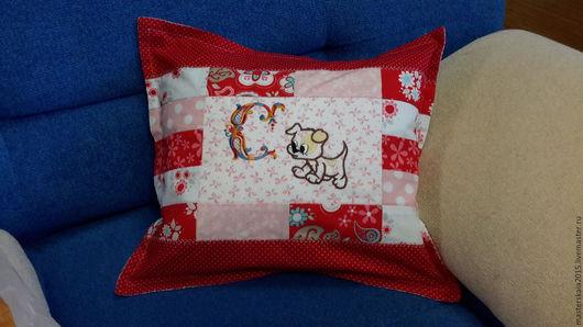 Детская ручной работы. Ярмарка Мастеров - ручная работа. Купить Именная подушка. Handmade. Комбинированный, лоскутная наволочка, сувенир