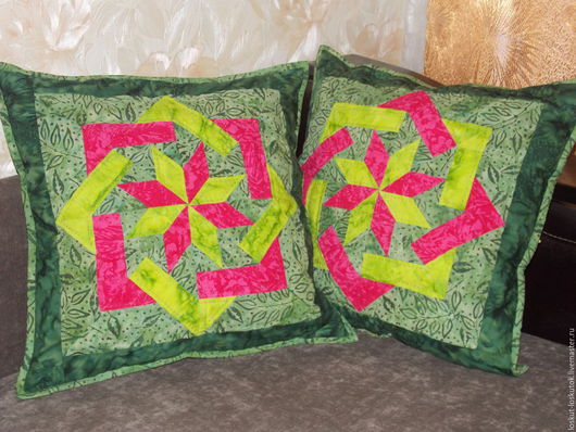 """Текстиль, ковры ручной работы. Ярмарка Мастеров - ручная работа. Купить Комплект подушек """"Звезда"""". Handmade. Зеленый, подарок"""