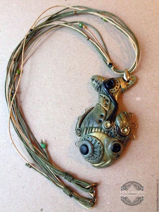 Кулоны, подвески ручной работы. Ярмарка Мастеров - ручная работа. Купить Кулон рыбка в стиле стимпанк. Handmade. Оливковый