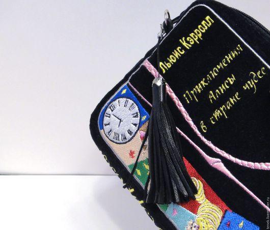 Женские сумки ручной работы. Ярмарка Мастеров - ручная работа. Купить Клатч книга Алиса в стране чудес Alice Подарок девушке подростку. Handmade.