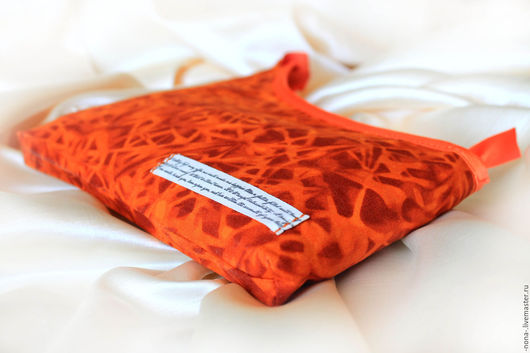 """Женские сумки ручной работы. Ярмарка Мастеров - ручная работа. Купить Косметичка """"Оранжевая вся такая"""" оригинальная. Handmade."""