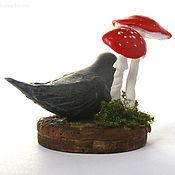 Куклы и игрушки ручной работы. Ярмарка Мастеров - ручная работа Серьезная птичка кукольная миниатюра. Handmade.