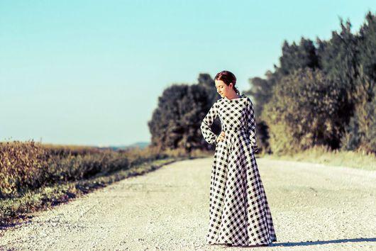 Платья ручной работы. Ярмарка Мастеров - ручная работа. Купить Длинное платье в клетку. Handmade. Чёрно-белый, длинное платье