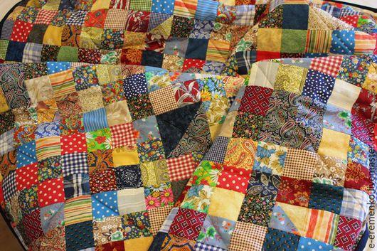 """Текстиль, ковры ручной работы. Ярмарка Мастеров - ручная работа. Купить Лоскутный плед """"Дачный"""". Handmade. Лоскутный плед"""