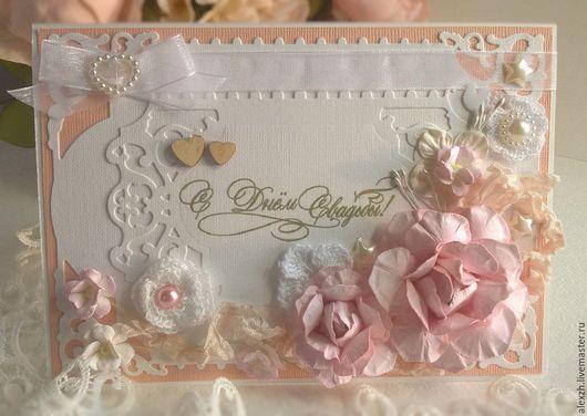 Свадебная открытка с цветами ручной работы.