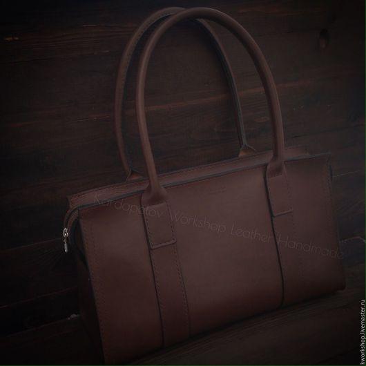 Женские сумки ручной работы. Ярмарка Мастеров - ручная работа. Купить Сумка из плотной натуральной кожи 86. Handmade. Коричневый