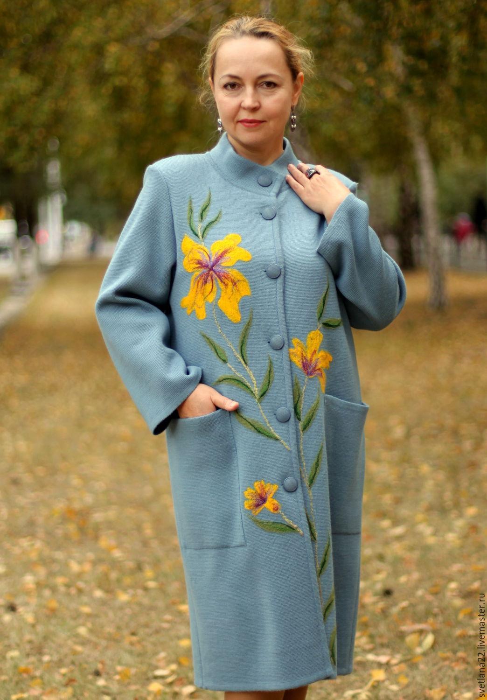 Трикотажное пальто с вышивкой 18