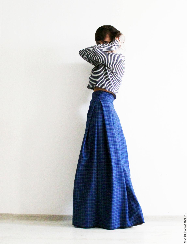 Длинная юбка из ткани в клетку