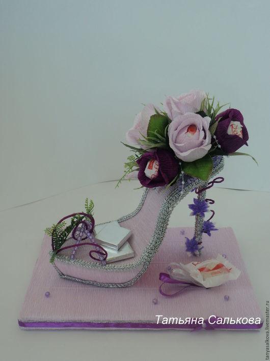 Букеты ручной работы. Ярмарка Мастеров - ручная работа. Купить Туфелька из конфет подарок женщине, девочке,для моднице Дамские штучки. Handmade.